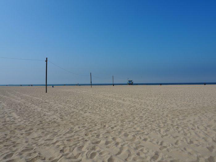 Пляж в районе Venice Beach Лос Анжелеса.