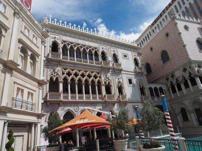 Венецианский дворец в Лас Вегасе