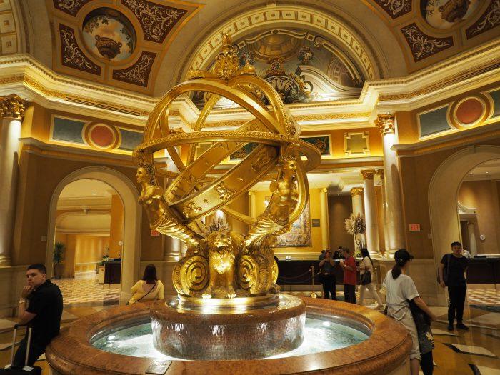 Небольшой зал в отеле Венеция в Лас Вегасе.