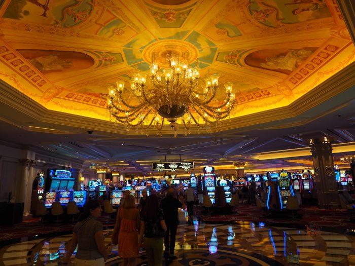 Казино в отеле Венеция в Лас Вегасе.