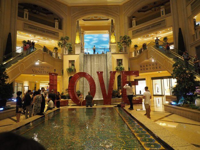 Отель Венеция в Лас Вегасе.